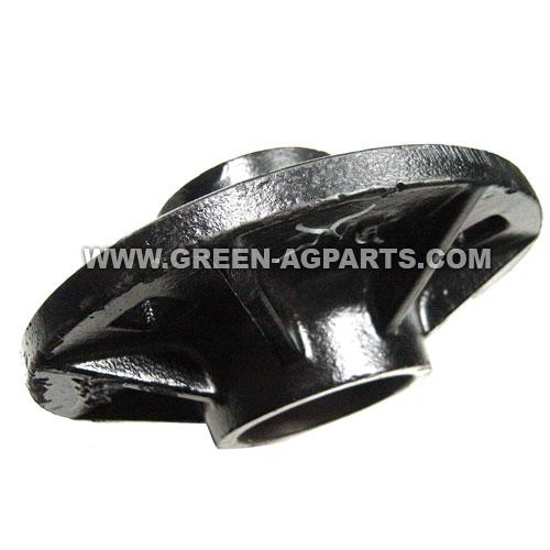 2555-115 2900 Yettercast iron hub with cap